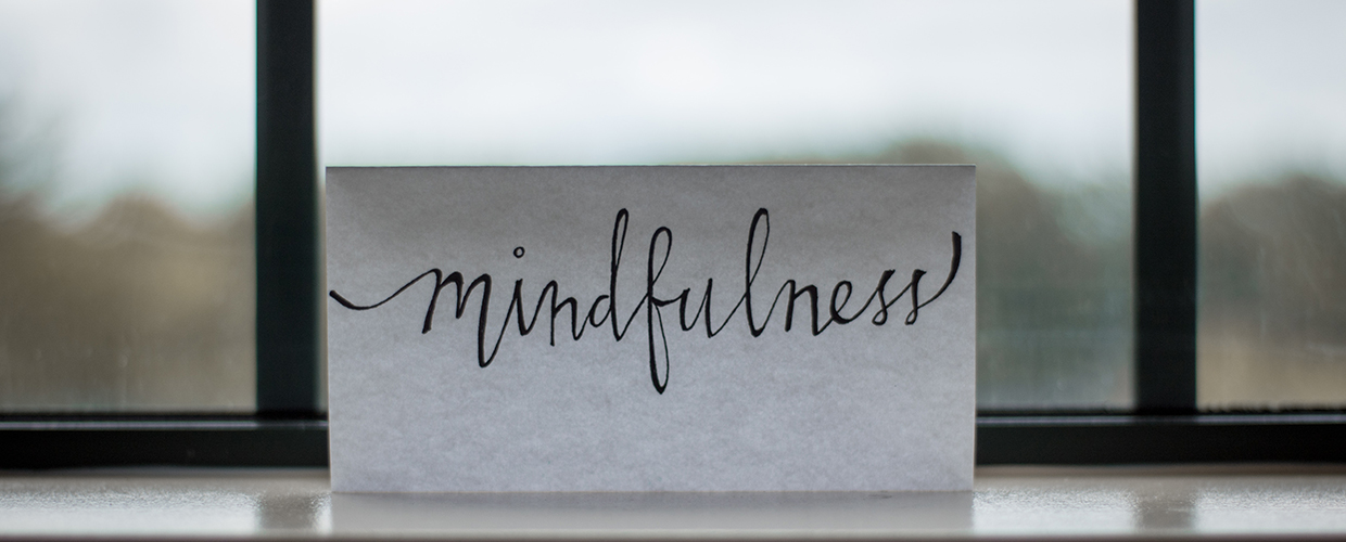 mindfulness written on a note